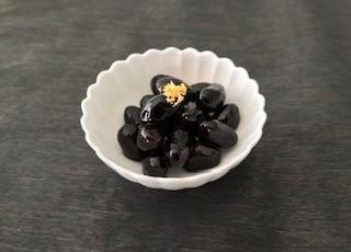 レシピ紹介~ ふっくら黒豆煮
